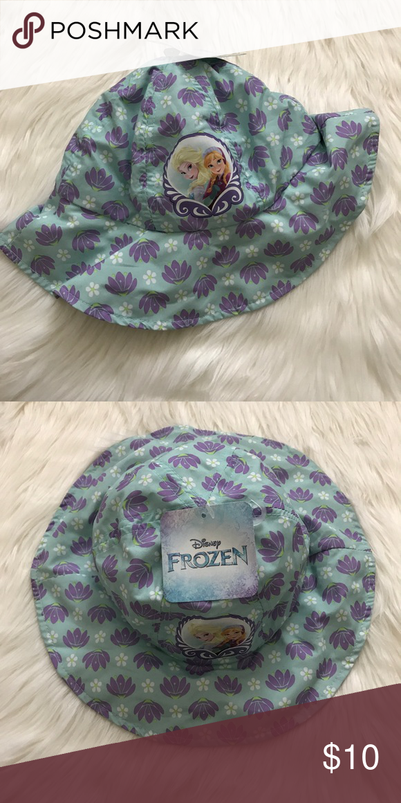 Frozen Baby Beach Hat Brand new with tags Disney s Frozen Elsa baby beach sun  hat. Disney Accessories Hats de9fc3561c8