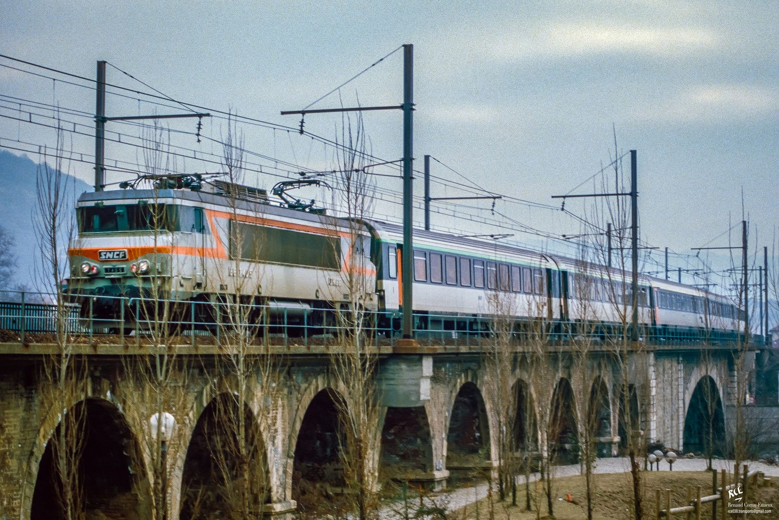 Rapide 5156/7 Nice Metz à St Vallier (26) Paris