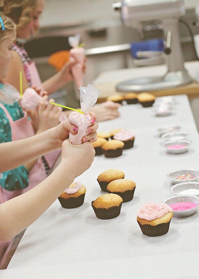 American Girl Doll Cupcake Baking Birthday Party Con Imagenes