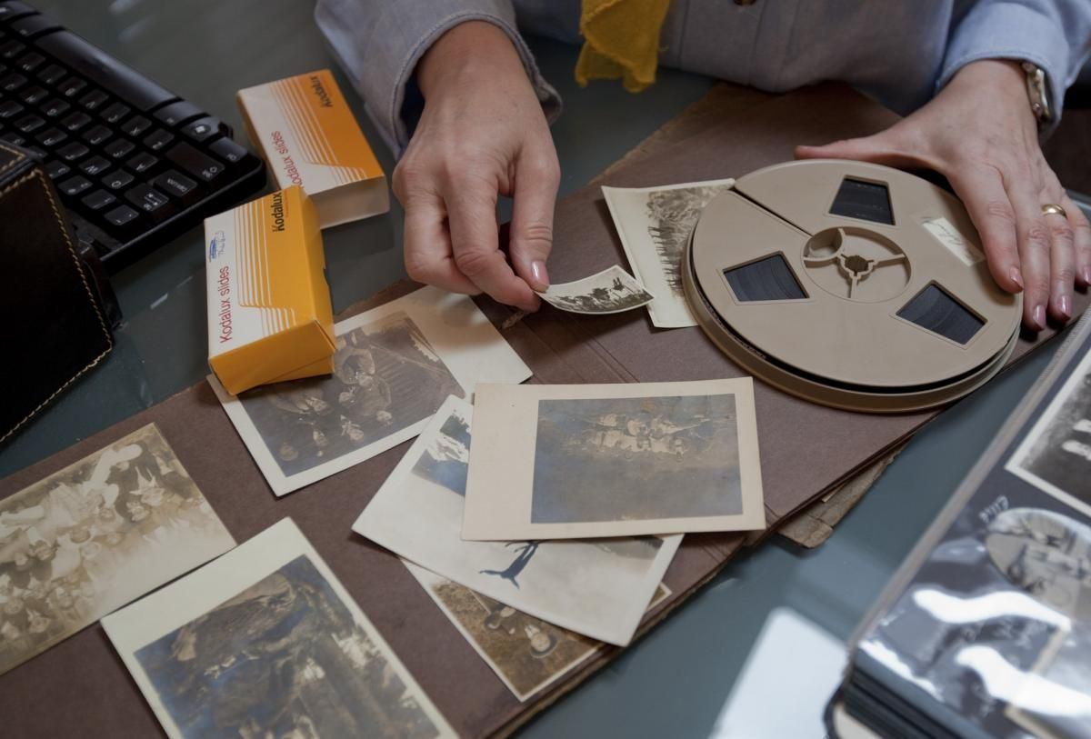 Abc S Of Organizing Family History Photos Coming To
