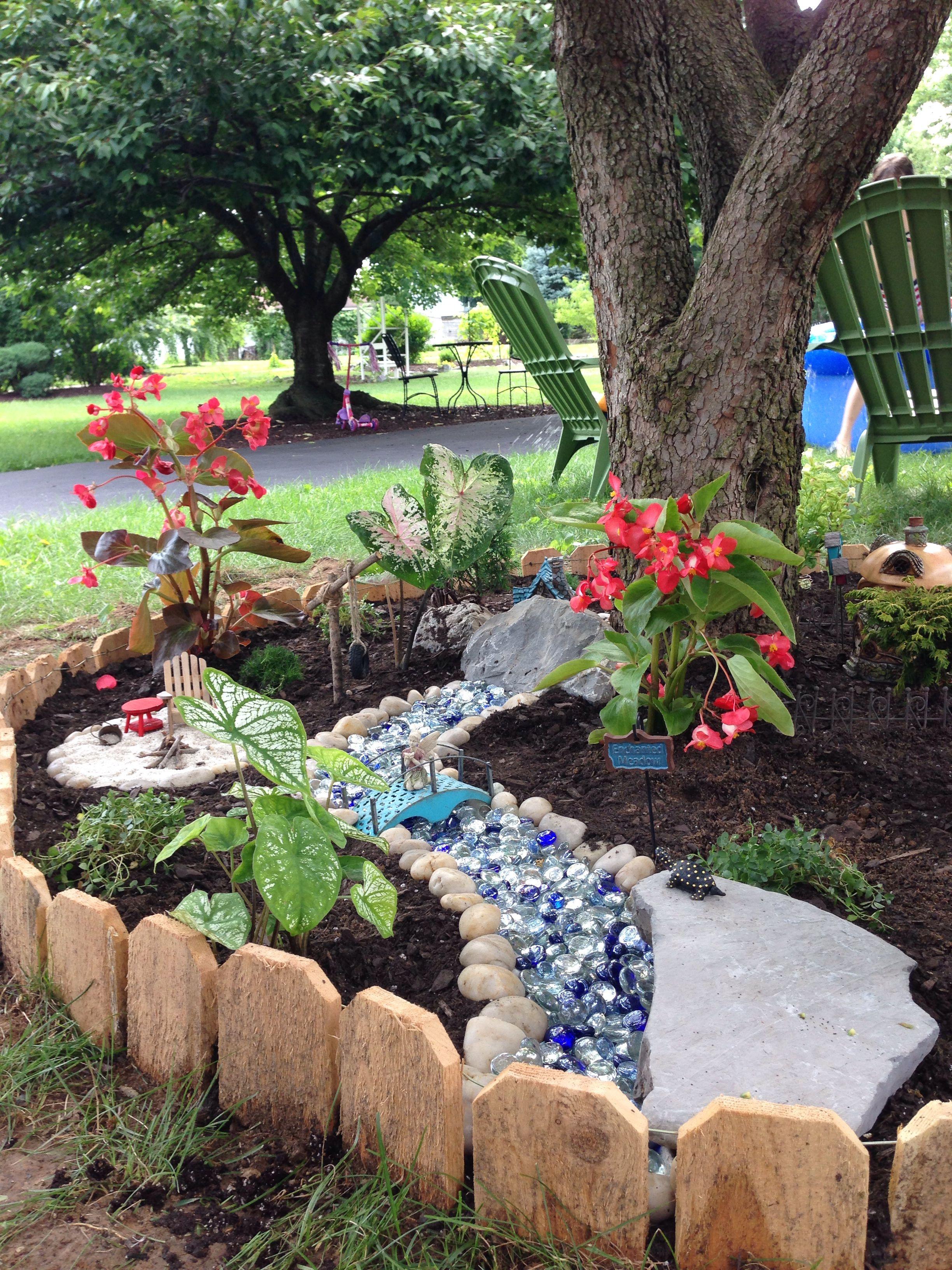 Fairy garden | Fairy garden, Garden, Outdoor decor