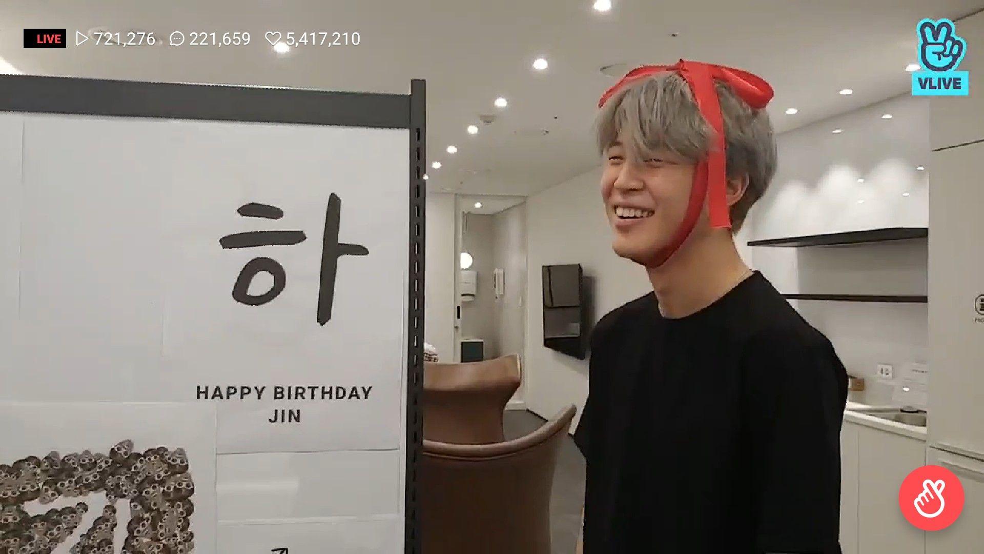 Gift Boy Jimin Birthday Jin From Vlive Jimin Birthday Happy