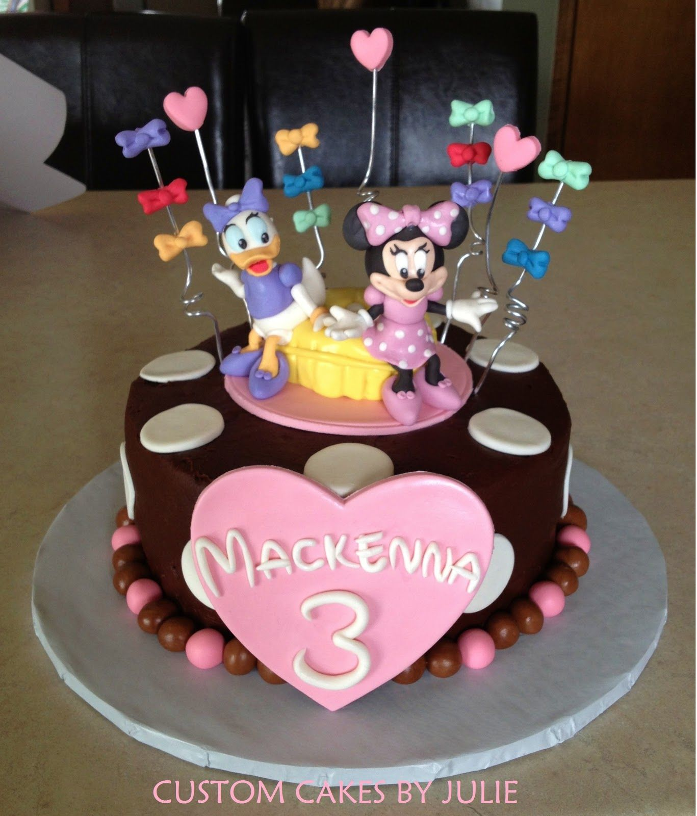 Minnie Mouse And Daisy Duck Birthday Cake These Cake Tins Are For