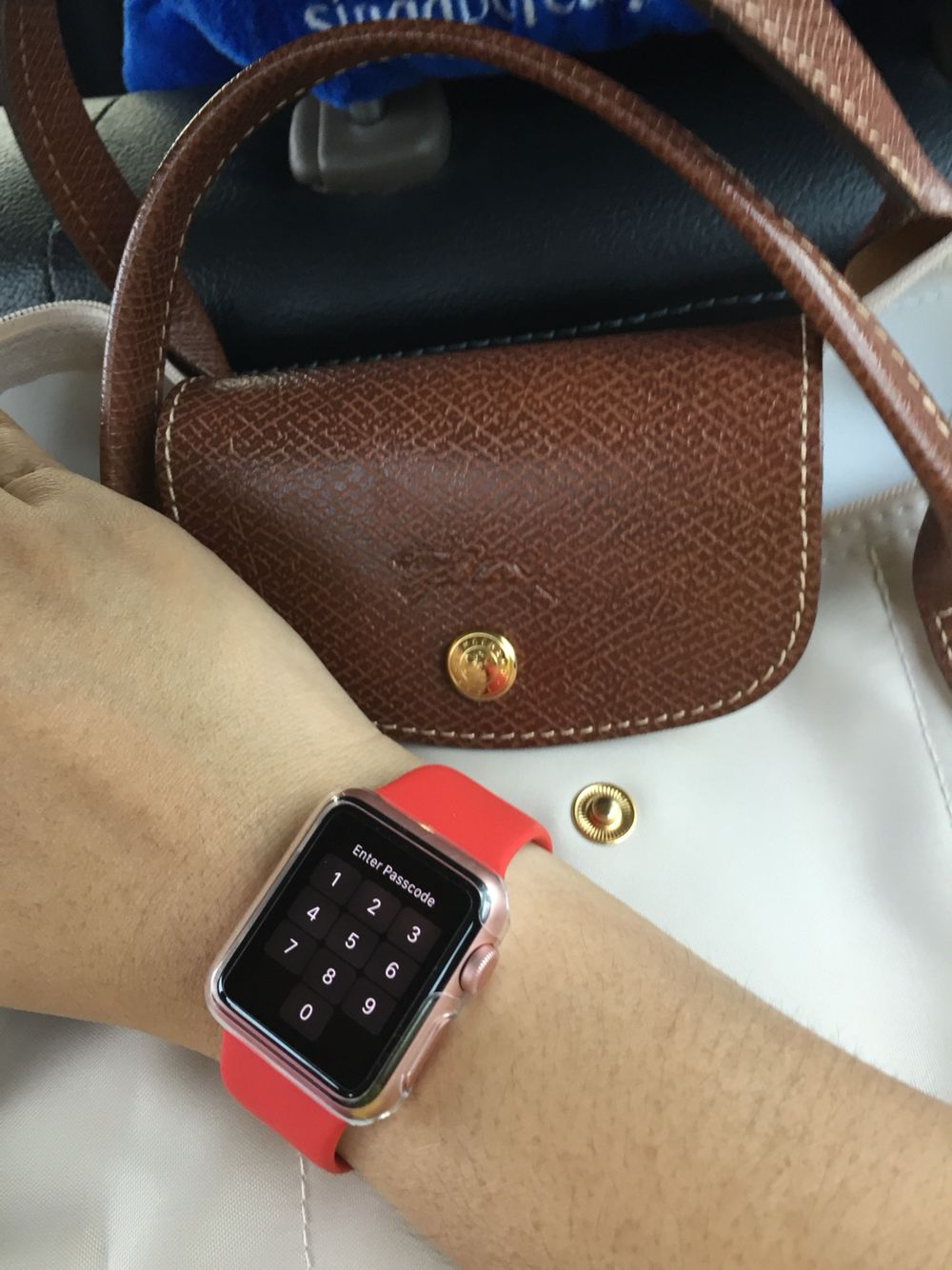 Apple Watch 38mm Using Additional Red Strap With Rose Gold Apple Watch Rose Gold Apple Watch Rose Gold Red Apple Watch
