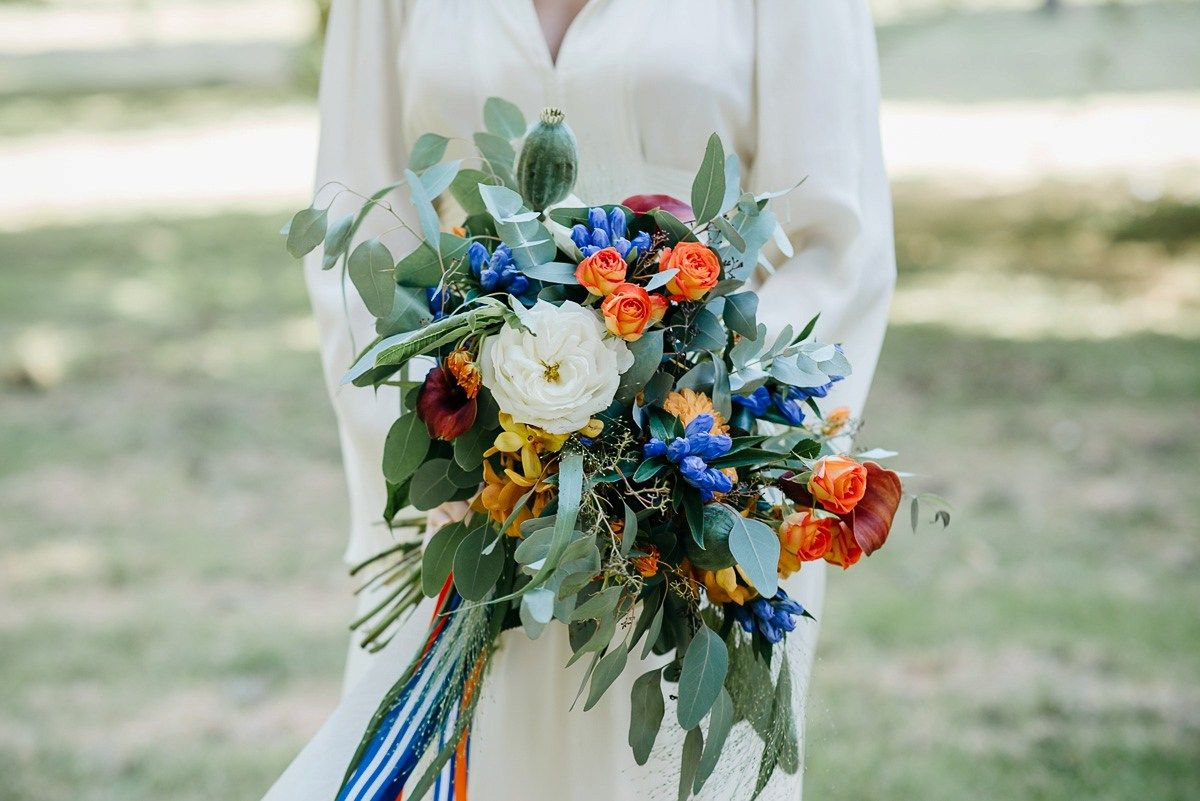 A 20's Ossie Clark Dress for a Colourful and Modern Wedding ...