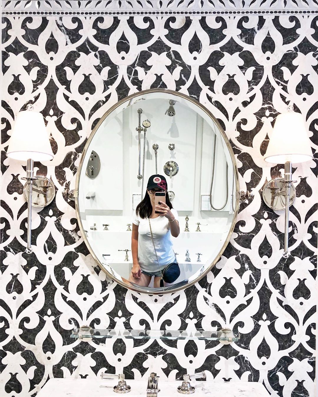 Follow @interior.focused for more! . . . #dream_interiors #finditstyleit #homedecor #homedesign #homeinspiration #homein...#homedecorationlivingroom #homedecorationdiy #homedecorationdesign #homedecorationflowers #homedecorationcheap #homedecorationproducts #homedecorationonabudget #homedecorationwithwood #homedecorationideas #homedecorationbedroom #homedecorationkitchen #modernhomedecoration #homedecorationrustic #cozyhomedecoration #homedecorationvintage #homedecoronabudget #homedecorapartment