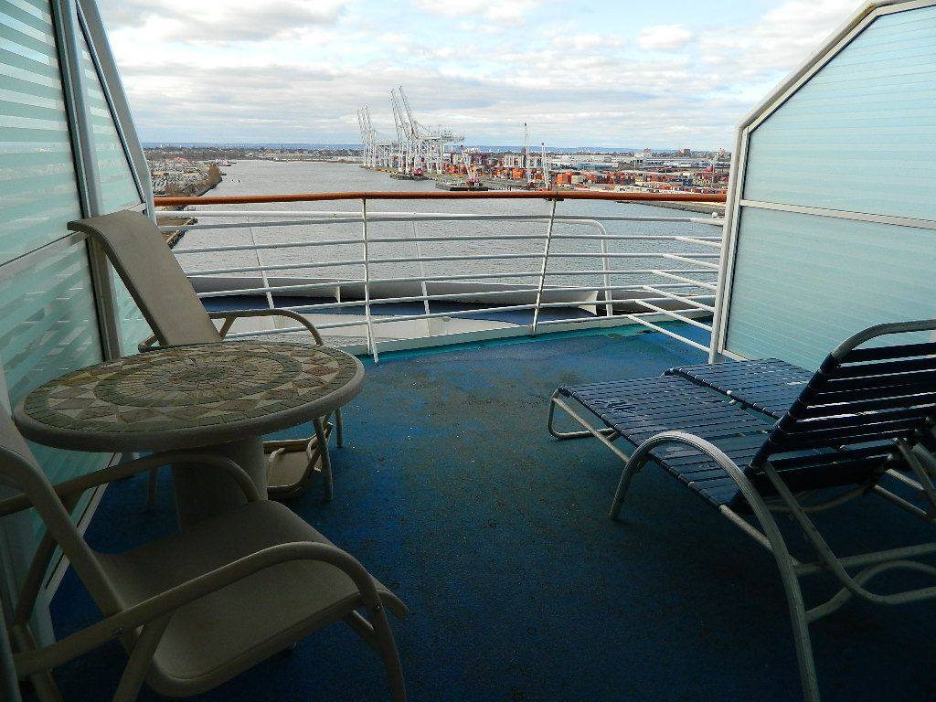 26 original aft on cruise ship for Cruise balcony