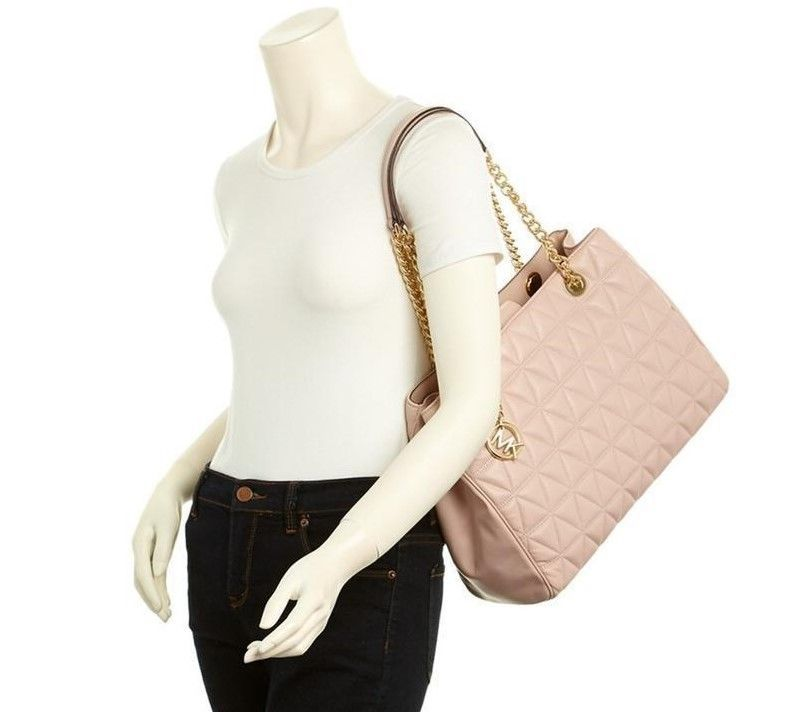 3b5a93cf5882 MICHAEL KORS Scarlett Large Quilted Leather Tote Shoulder Bag Soft Pink
