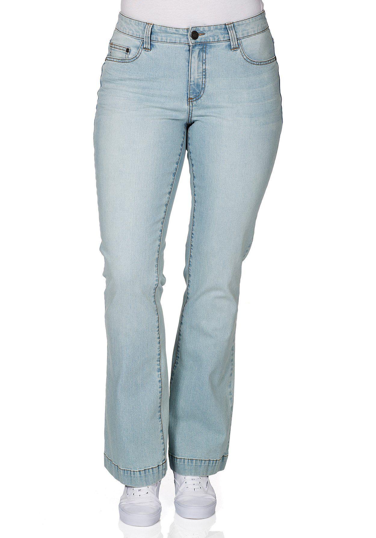#plussize #plussizefashion #fashion #pastel #sheego #blue #bleached #denim #jeans