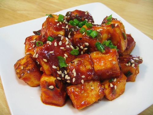 Saucy Spicy-Sweet Tofu