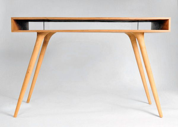 Wooden Desk Design by Shpelyk Roman