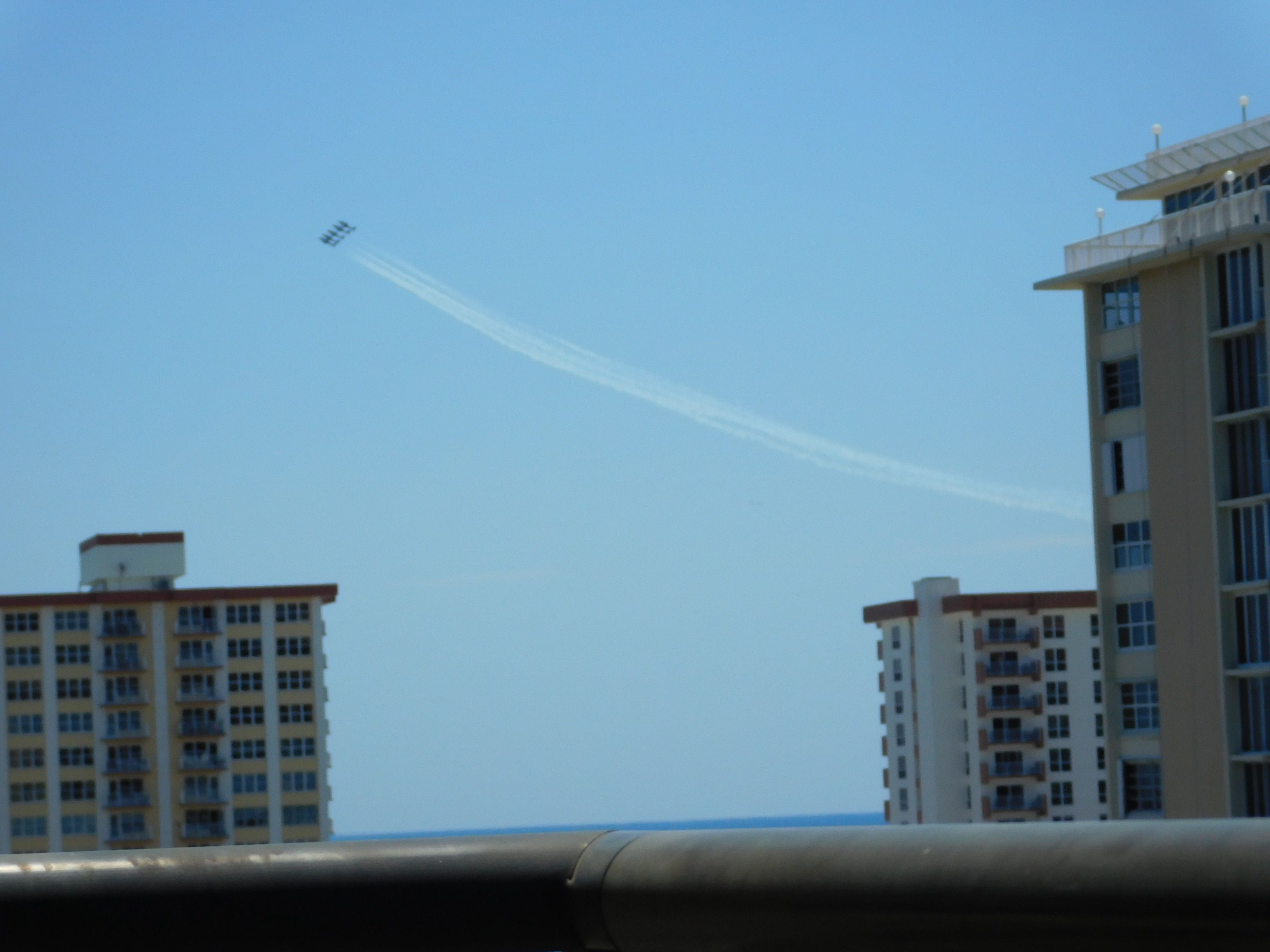 Fort Lauderdale Air Show (With images) Air show, Photo