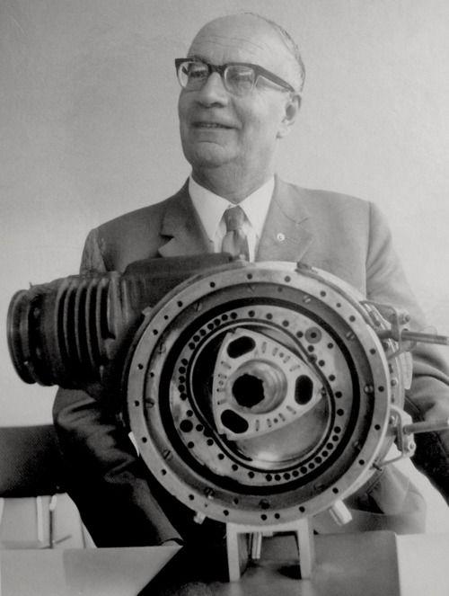 Wankel engine. Felix Wankels rotary piston engine