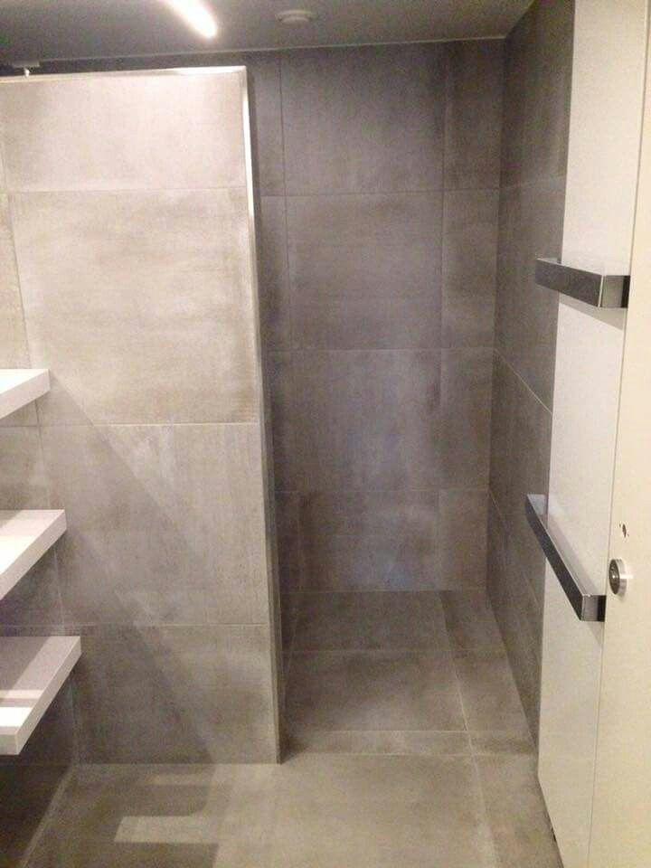 Grijze betonlook Tegels voor badkamer | Home inspirations | Pinterest