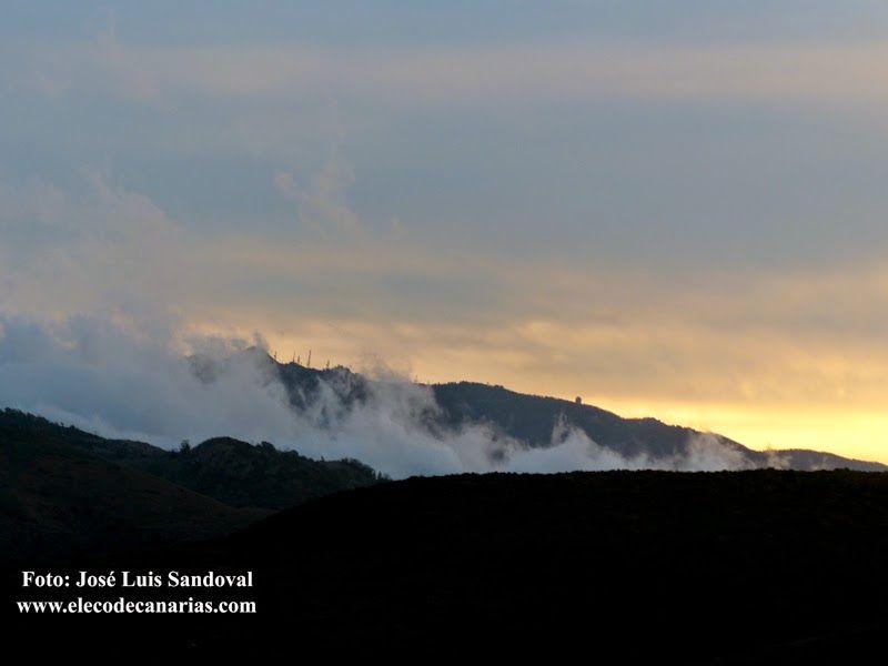 Fotos del atardecer del temporal en Canarias