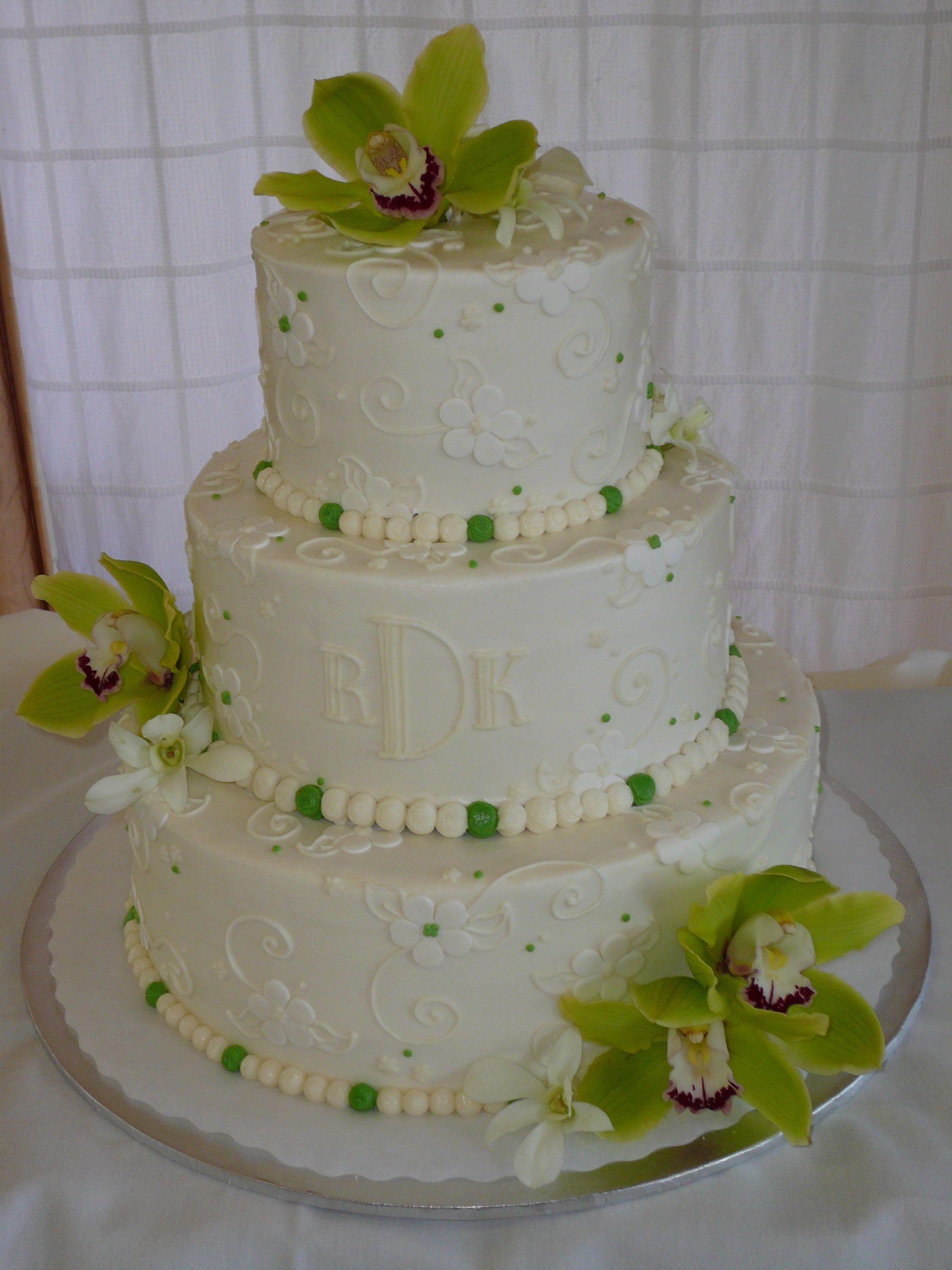 Wedding Cakes Decorated With Butter Cream Icing Cakes Wedding