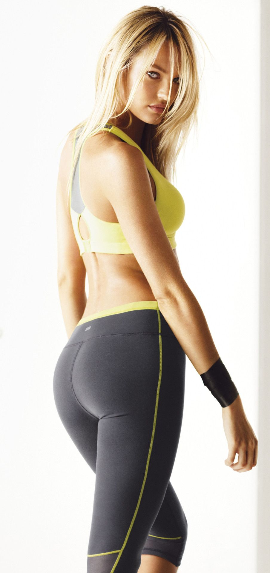 i would love to wear her workout clothes - immediately after she