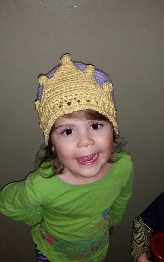 PDF Princess Crown Crochet Hat - Seamless Option #crownscrocheted
