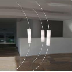 Photo of between ceiling and floor lamp with sensor dimmerIkarus.de