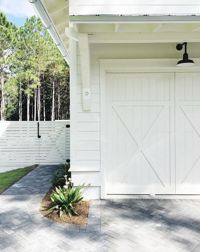 Benjamin Moore OC 17 White Dove Exterior Paint. | + EXTERIOR DESIGN ...