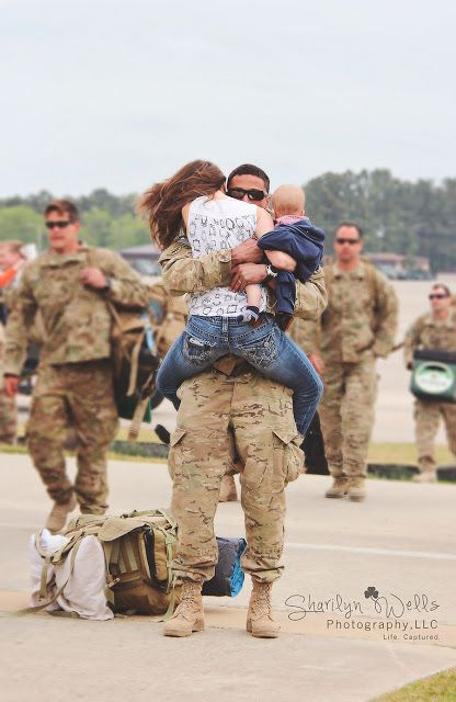 8b429c7fb0c Military Homecoming