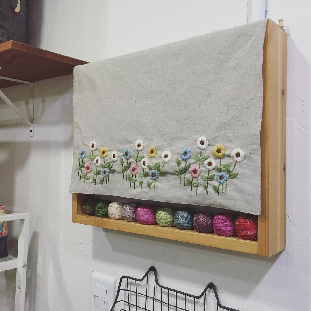 샵 한켠에 걸어두기.. #embroidery #김해장유자수샵 #봄빛퀼트자수 #오늘의자수 #애플톤울사