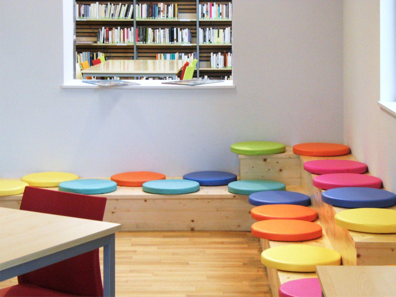 d couvrez notre mobilier pour enfant les galettes d 39 assise en mousse mobilier de. Black Bedroom Furniture Sets. Home Design Ideas