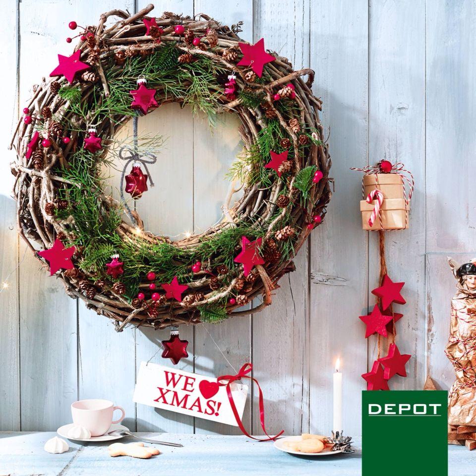kranz von depot t rkranz weihnachtskranz weihnachten. Black Bedroom Furniture Sets. Home Design Ideas
