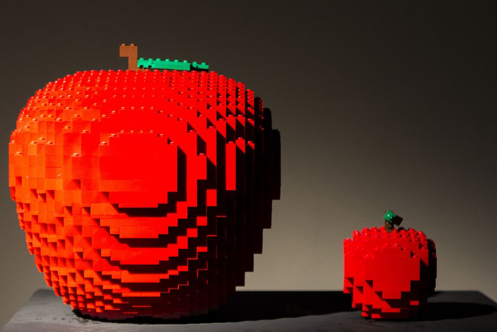 Apples - 7175 http://www.flickr.com/photos/mad4j/23609824305/