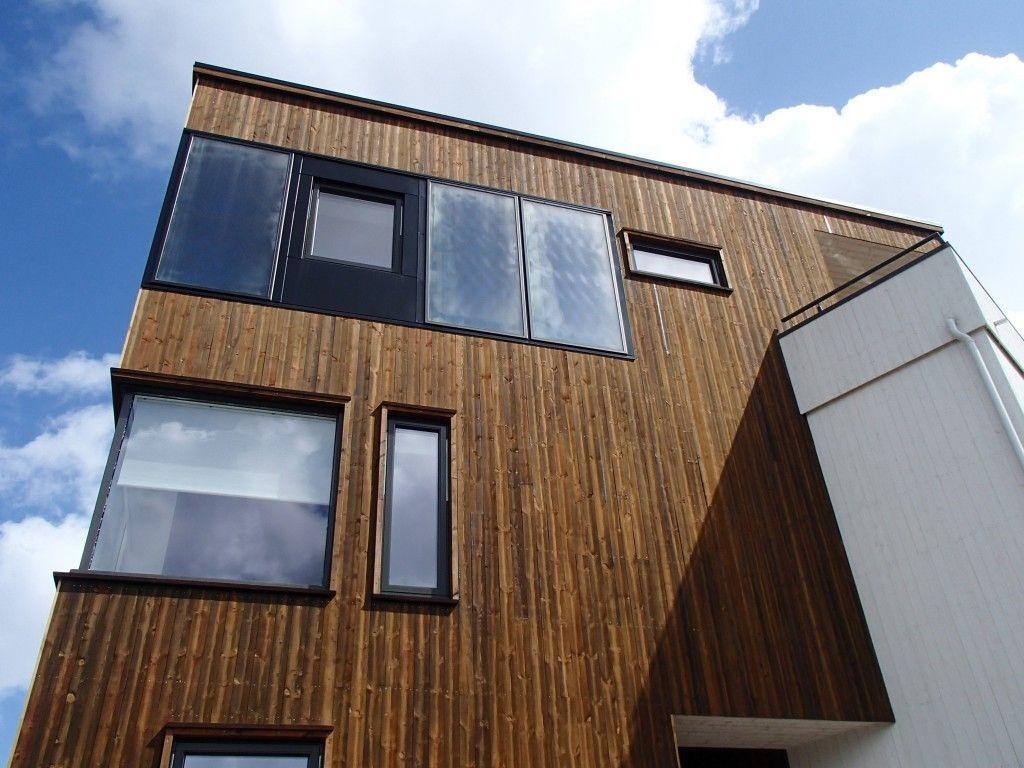 Trollvegg Arkitektstudio AS er et frittstående arkitektkontor bestående av 12 arkitekter, ingeniører og planleggere. Vi tror på at vi gjennom vår arkitektur og planlegging kan bidra til å fremme gode fysiske omgivelser og et bærekraftig samfunn.