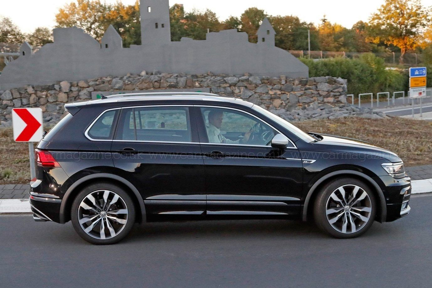2020 Volkswagen Tiguan Review Interior Release Changes Price And Photos Volkswagen New Cars Best New Cars