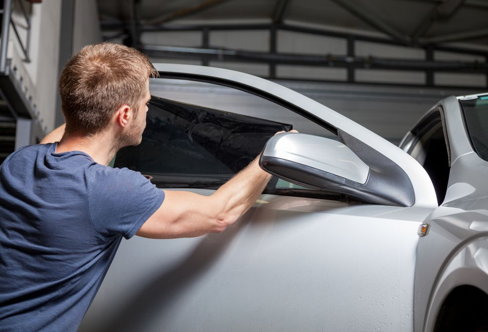 Riskfree Driving Tinting lessens harmful dazzle from the