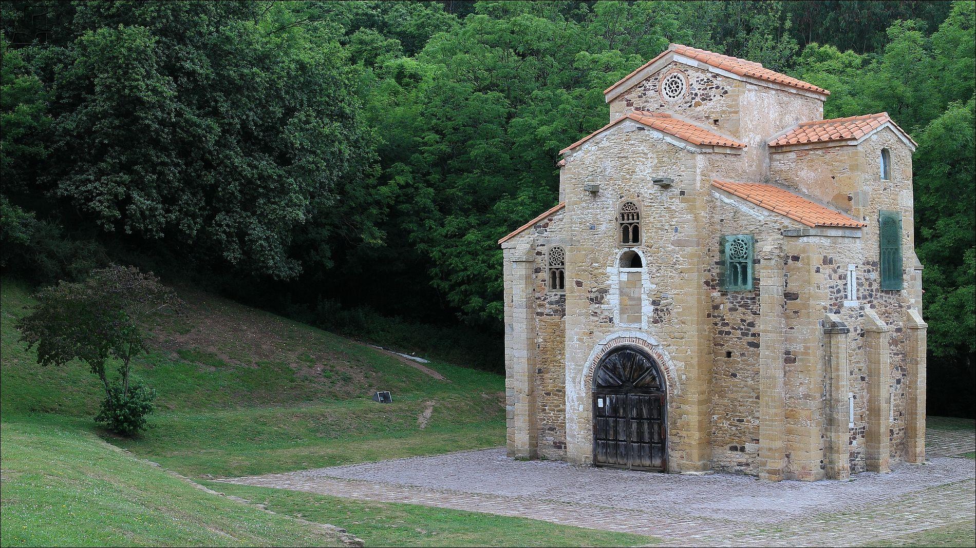 San Miguel de Lillo - San Miguel de Lillo Roman Catholic church (848) - UNESCO World Heritage Site since 1985 - Oviedo - Asturias - Spain