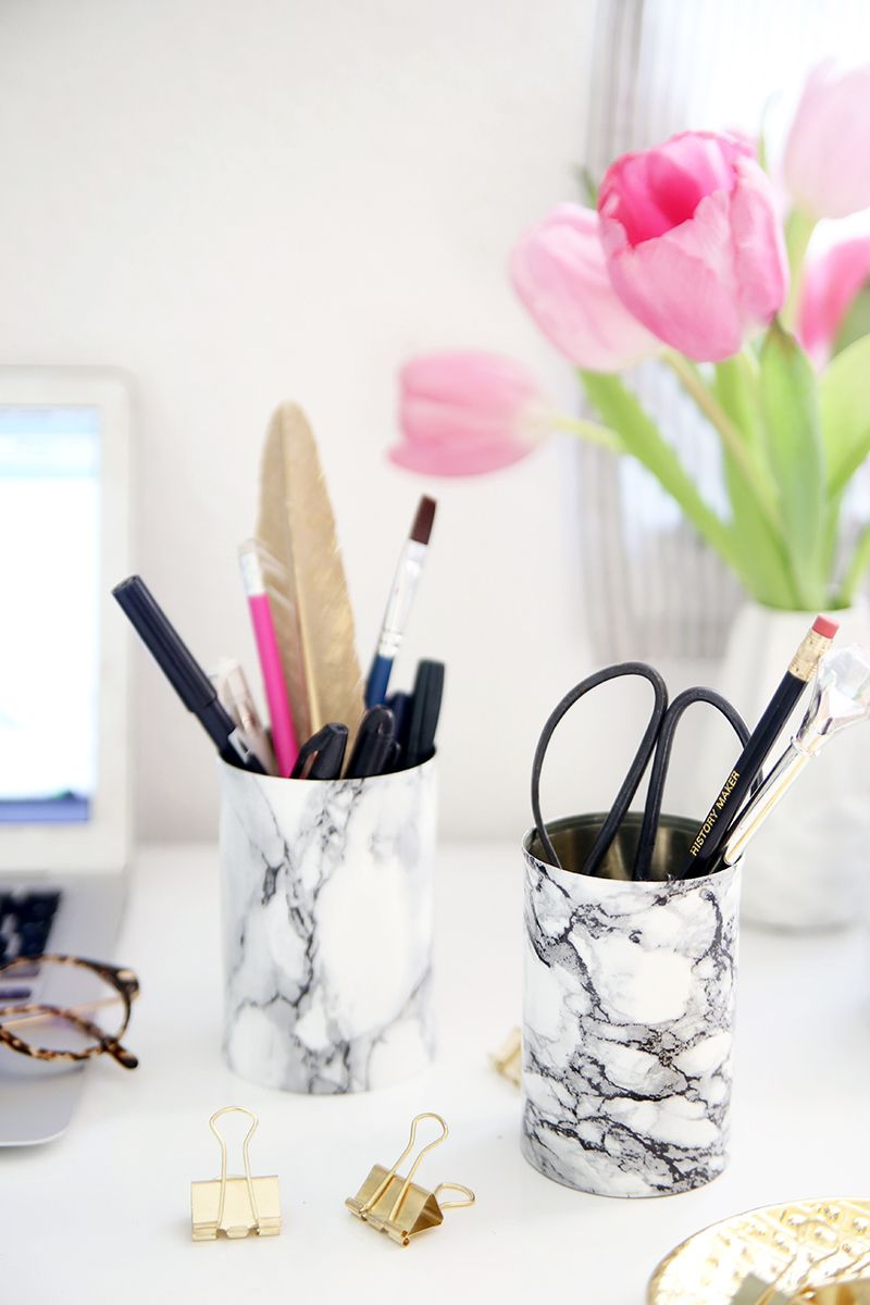 15 DIYs to Help You Win at Cubicle Decor