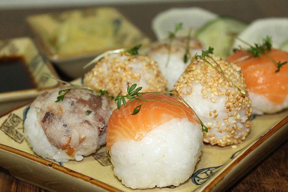 Sushi - Bällchen, ein sehr schönes Rezept aus der Kategorie Reis/Getreide. Bewertungen: 9. Durchschnitt: Ø 3,9.