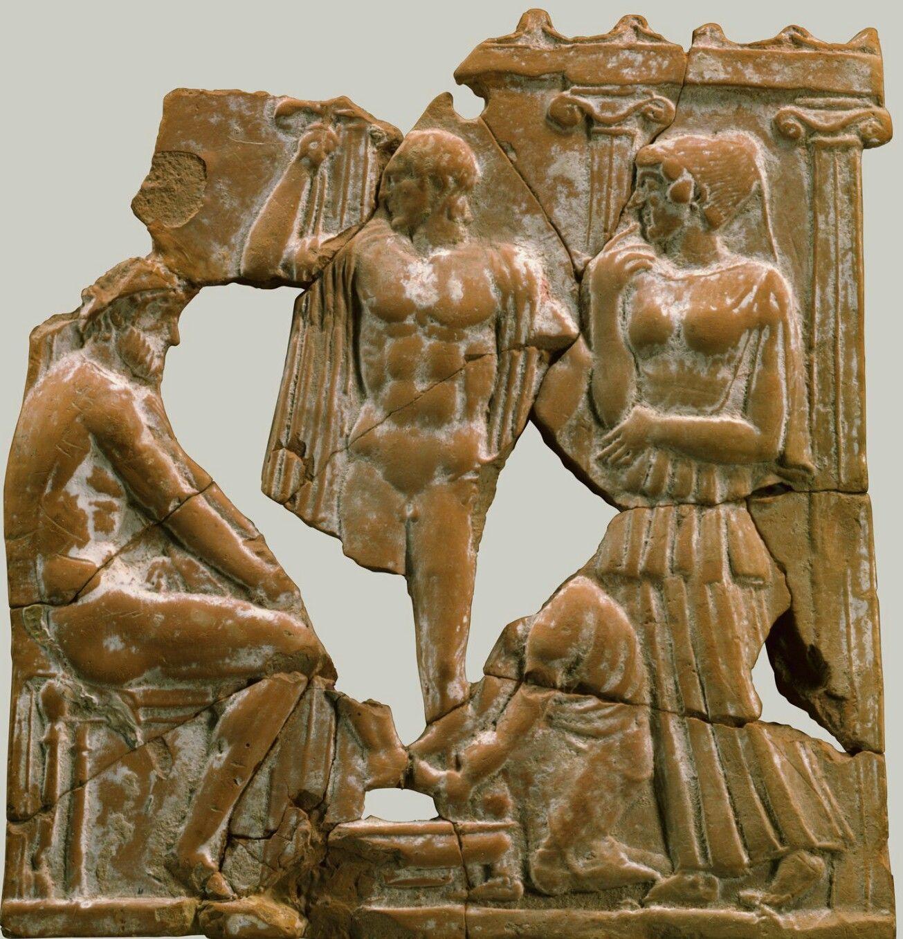 Pin On Selection L Art Autour Du Monde Ancient Greek Sculpture Terracotta Prehistoric Art