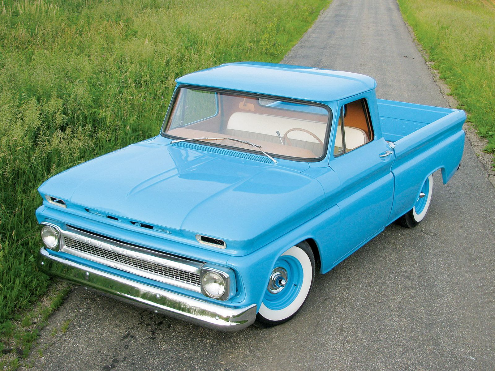 1966 chevy pickup truck custom baby blue paint job so dads style lol