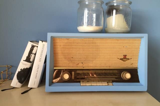 Hellblaues Vintage-Radio fürs Wohnzimmer Vintage Wohnideen für - wohnideen fürs wohnzimmer
