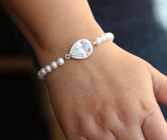 Brautschmuck armband perlen Braut Armband Perlen Brautschmuck Hochzeit Armband von arbjewelry ...