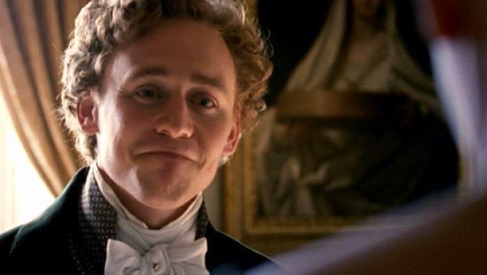 Tom Hiddleston. ^-^