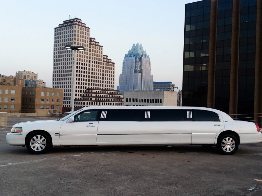 1st class limos of austin austins finest in charter and