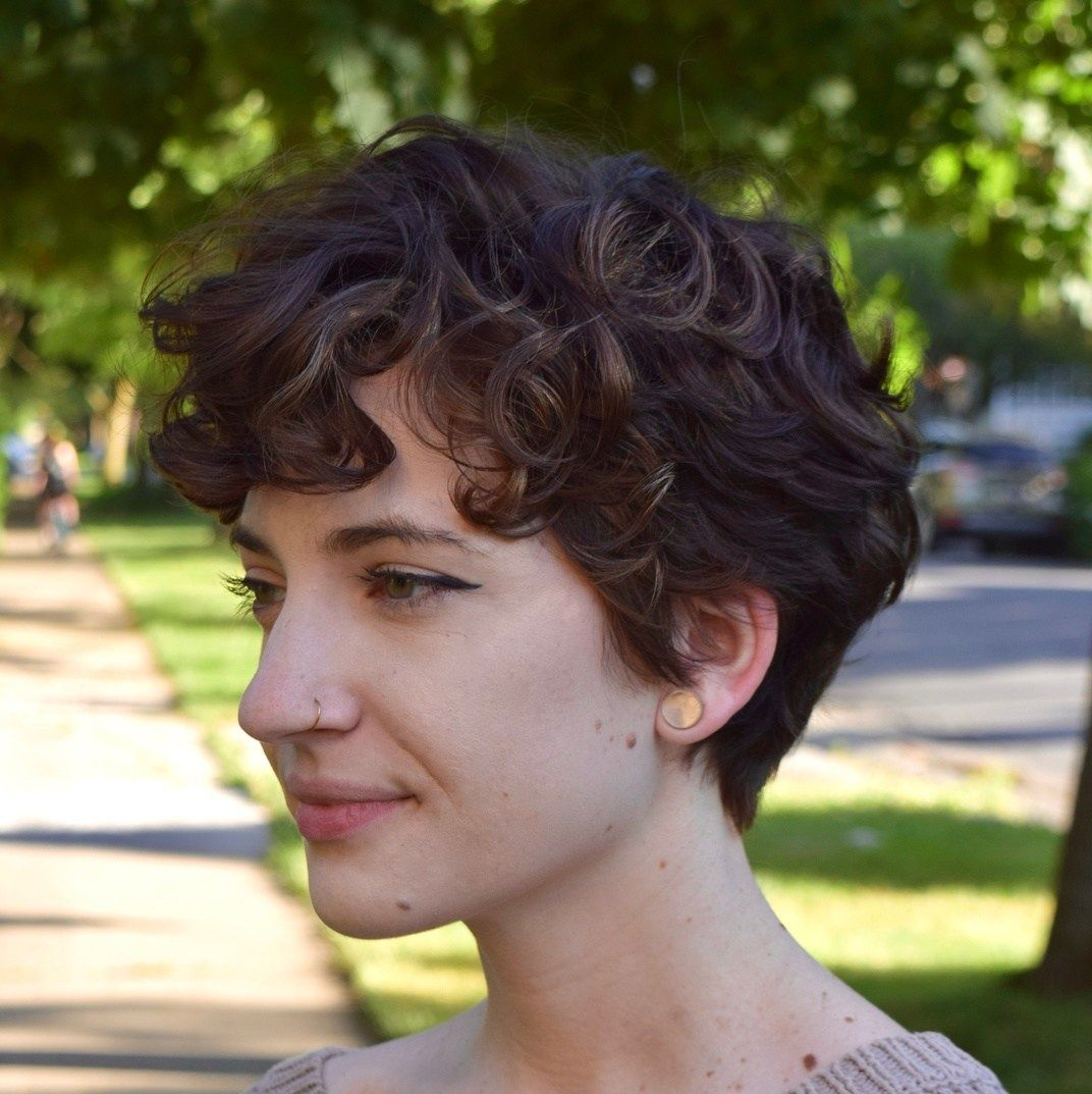 50 Absolutely New Short Wavy Haircuts for 2021 - H