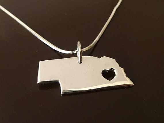 Simple Unique Silver Finish Country Texas State Charm Design Dainty Necklace