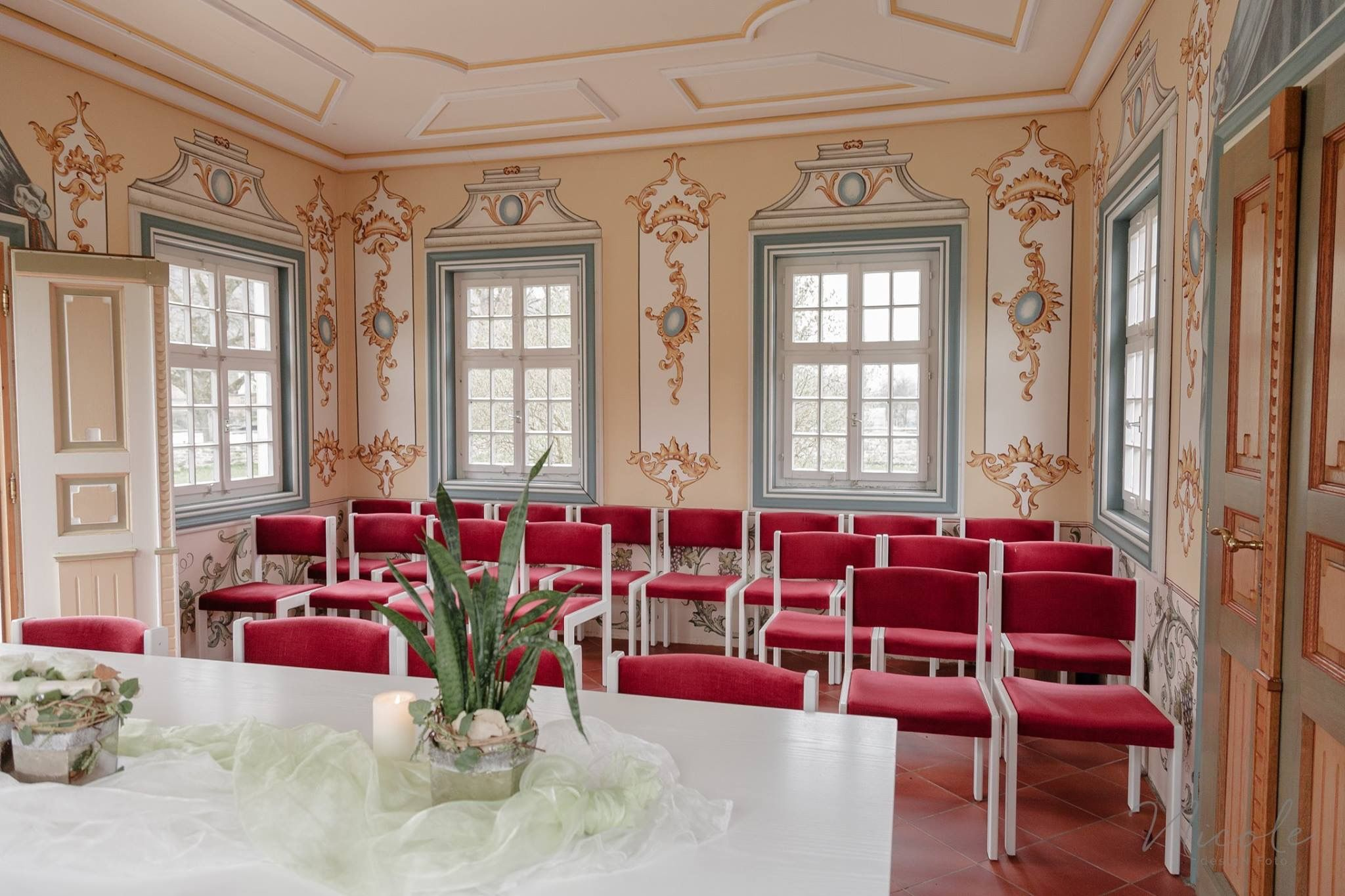 Hochzeit Standesamt Ja Wort Teehaus Gold Alt Barokk Vintage Trauung Wedding Forchtenberg Ohringen Hochzeitsf Hochzeitsfotografie Fotografie Teehaus