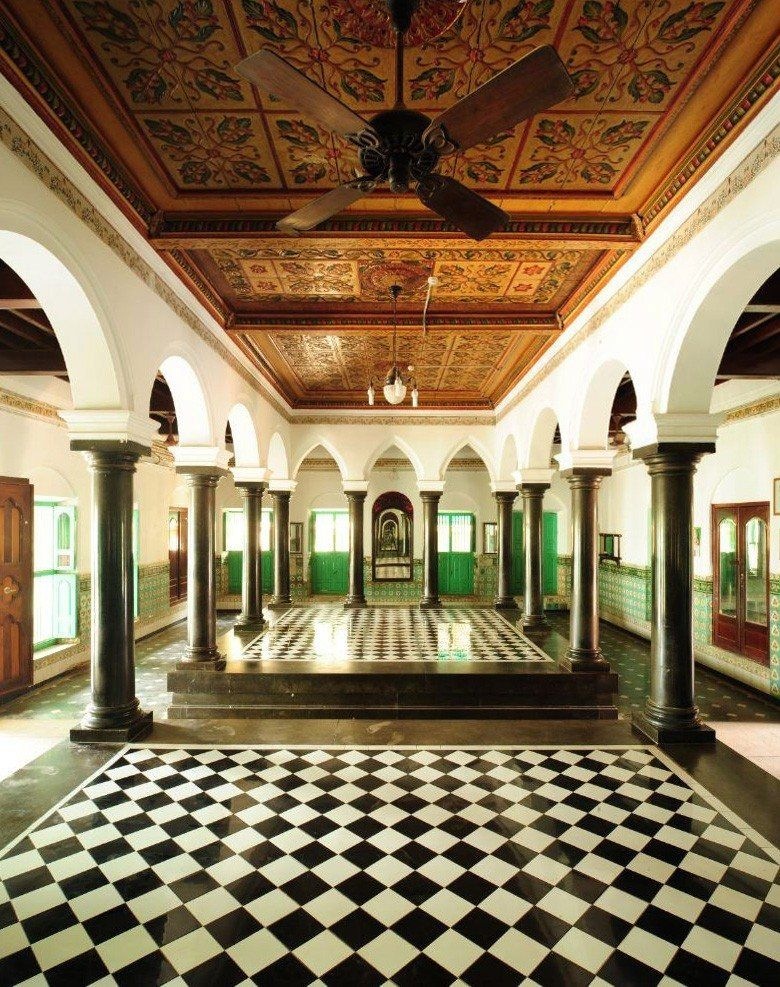 A glimpse into the Mansions Of Chettinad, Karaikudi, Bharath ...