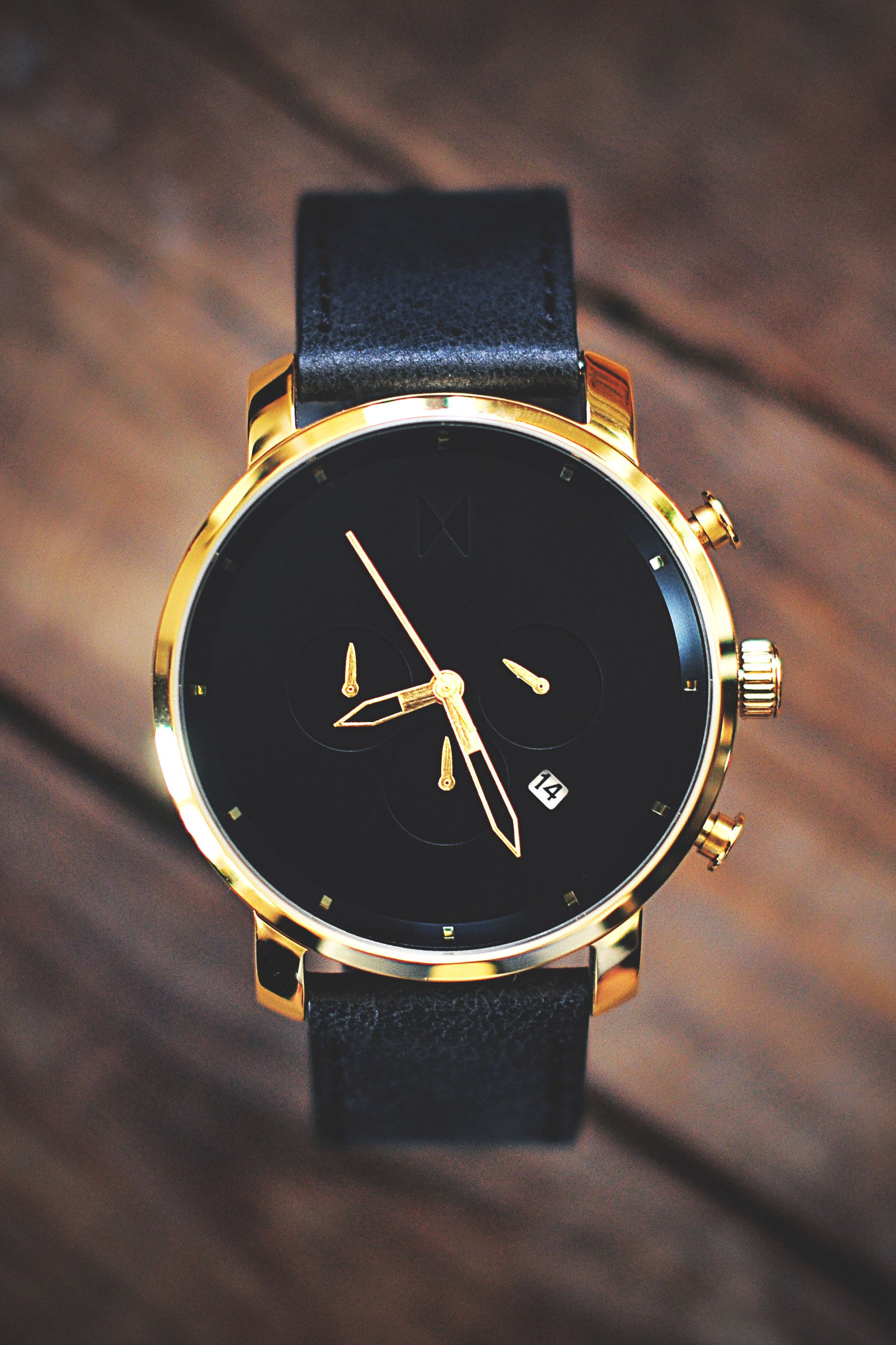 leather black pin watches classic