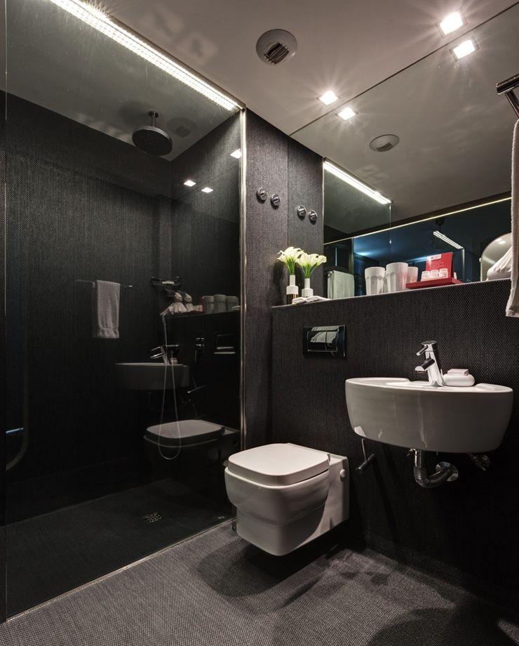 Bathroom Interiordesign Ideas: Shower Room In Dark Stylish Colors