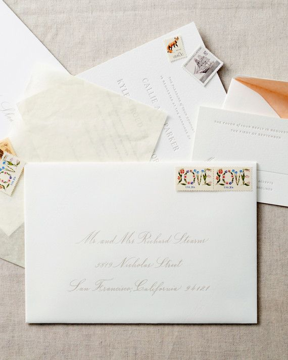 10 things you should know before addressing assembling and mailing how to address guests on wedding invitation envelopes stopboris Images