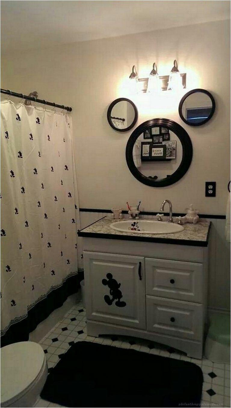 Pin von Blondie auf disneyholic in 10  Disney badezimmer