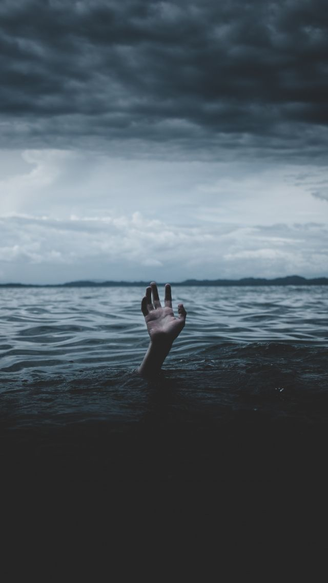 640x1136 Вода, рука, море, горизонт обои iPhone 5S, 5C, 5 ...